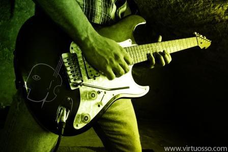 los más modernos cursos de guitarra eléctrica