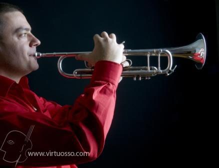 Conoce nuestros cursos para tocar la trompeta